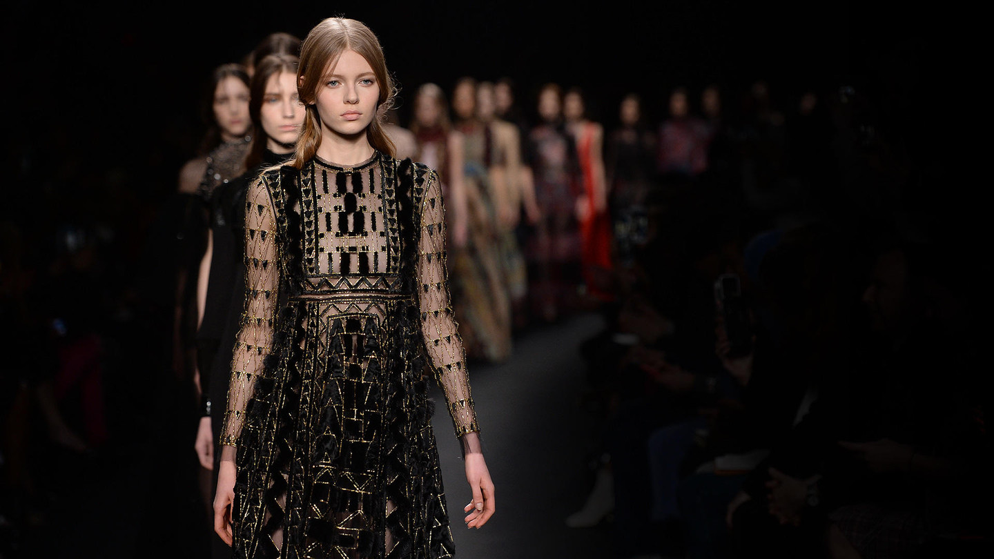 Valentino - Fall/Winter 2015-16Women's CollectionBrowse the image gallery