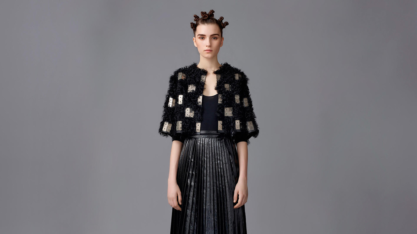 Valentino - FURS FALL/WINTER 2016-17When sartorial know how meets graceful designBrowse the image gallery